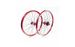 PAIRE DE ROUES STAY STRONG EVOLUTION ROUGE